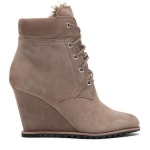 Dolce Vita Gibbs faux fur lined wedge boot